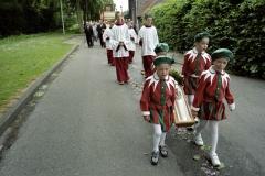 Nederland, Nunhem, 13 mei 2007. Verklede kinderen dragen een kaars tijdens de jaarlijkse Sint Servatius processie in het Limburgse Nunhem. Foto Roel Visser/ Hollandse Hoogte.